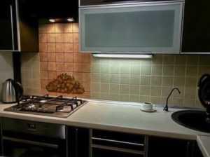 Как сделать подсветку на кухне под шкафчиками для рабочей зоны (инструкция видео)