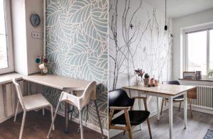 Какие выбрать обои для кухни по дизайну, практичности, рисунку, стилю и цвету мебели