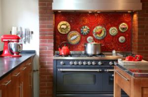 Как установить стеновую панель на кухне своими руками: видео-инструкция по монтажу, установке, обшивке, обделке, приклеиванию, фото и цена