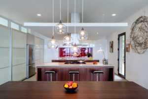 Потолочные светильники для кухни (64 фото): кухонные галогеновые своими руками в интерьере, свет от встраиваемых