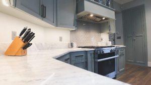 Подсветка для кухни под шкафы для рабочей зоны: как сделать своими руками