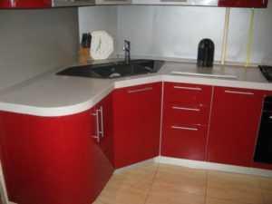 Угловая мойка для кухни (105 фото): размеры и дизайн угловой кухонной раковины