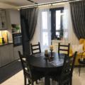 Шторы для кухни с балконной дверью: ТОП-100 фото новинок дизайна