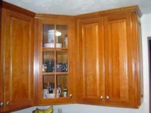 Как спроектировать угловые кухонные шкафы, чтобы оптимизировать пространство?