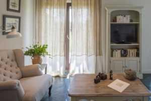 Льняные шторы в интерьере, льняные занавески, тюль (10 фото)
