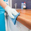 7 эффективных способов, как отмыть жир с кухонных шкафов