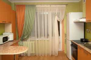 Как оформить окно на кухне: варианты оформления шторами и жалюзи —   